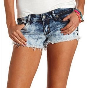 Acid wash cutoff shorts